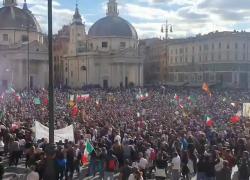 "Green pass, altra protesta oceanica a Roma: ""Draghi, draghi, vaffanc**o"". VIDEO"