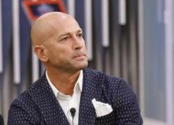 Gf Vip 2020, Alfonso Signorini sotto attacco: 'Ti sei chinato ai potenti'
