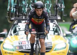 Ciclismo: van Aert vince tappa con doppio Ventoux al Tour de France