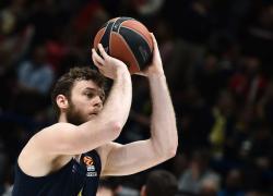 Melli torna all'Olimpia Milano, contratto triennale