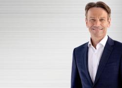 Opel, Uwe Hochgeschurtz nuovo Ceo dall'1 settembre