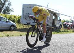 Tour2021 a Pogacar, Van Aert vince ultima tappa ai Campi Elisi