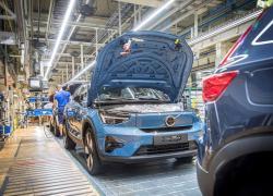 Volvo avvia la produzione della C40 Recharge a Ghent