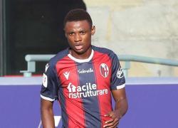 Calcio: Bologna, Kingsley operato al perone e 4 mesi di stop