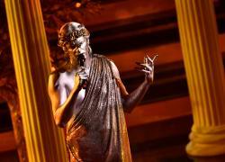 Sanremo 2021, Pillon (Lega) choc contro Lauro: 'Festival ormai ègay pride'