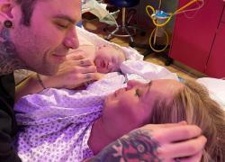 Chiara Ferragni e la figlia Vittoria: le prime foto dopo il parto