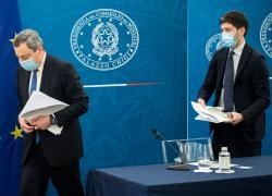 """Dimissioni Speranza, Draghi smentisce la Destra: """"Quello che penso sul Ministro"""""""