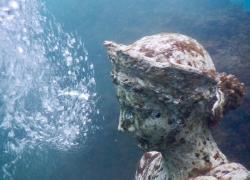 Campi Flegrei, i tesori sommersi nelle acque del Castello Aragonese di Baia