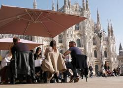 Covid Lombardia, immunità di gregge entro il 21 luglio: l'annuncio della Regione