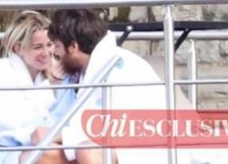 Can e Diletta ancora insieme, passione infuocata: paparazzati mezzi NUDI in piscina