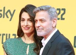 George Clooney compie 60 anni: dall'esordio,  agli Oscar, fino al matrimonio con Amal