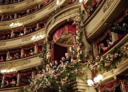 """Teatro alla Scala riapre oggi con due concerti evento e uno show """"on the road"""""""