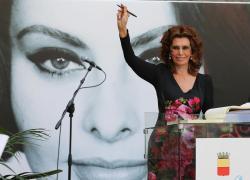 """David di Donatello 2021, Sophia Loren miglior attrice: """"Forse è il mio ultimo film"""""""