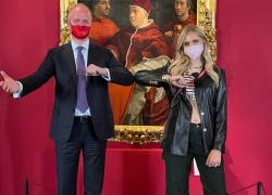 Chiara Ferragni a Palazzo Pitti: continua il sodalizio con Schimdt