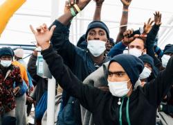 Migranti, sbarcati oggi a decine a Lampedusa: Lamorgese chiede collaborazione a Ong