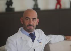 """Trombosi 18enne, Bassetti: """"Non si scateni psicosi. Buona risposta dei giovani al vaccino"""""""