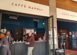 Caffè Napoli, un treno in corsa pronto a ripartire