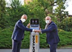 Pirelli e Enel X portano la ricarica  per le auto elettriche nei centri Driver