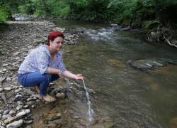Premio Nobel verde 2021: donna bosniaca premiata per aver salvato un fiume
