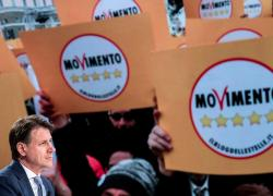 """M5s, dopo minacce di Conte i pentastellati sono nel panico: """"È game over?"""""""
