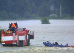 """Alluvione in Germania: 130 morti e 1300 dispersi. Merkel: """"Non vi lasciamo soli"""""""