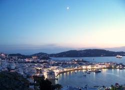 Mykonos, coprifuoco estate 2021: i locali della movida con restrizioni