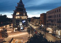 BMW Italia sigla l'accordo con la Fondazione Giangiacomo Feltrinelli nel segno della sostenibilità