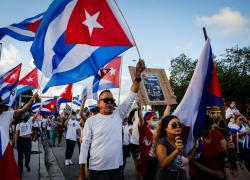 """Proteste a Cuba, l'Avana contro Biden: """"Gli Usa manipolano le informazioni"""""""