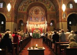 """Green pass per andare in chiesa, Sileri dice no: """"Nessun pericolo assembramenti"""""""