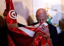 Tunisia, presidente Saied sospende il parlamento e licenzia il premier