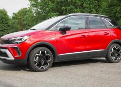 Opel Crossland, il SUV flessibile per la guida quotidiana