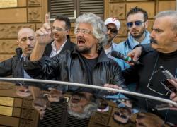 """M5s sempre più in crisi e Grillo le spara sempre più grosse: """"Reddito universale nuovo diritto umano"""""""