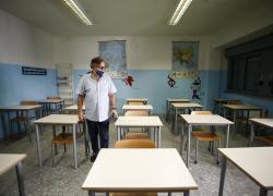 Green Pass a Scuola, manca poco ed è ancora caos: chi controlla dal 1 settembre?