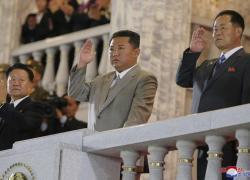 Kim Jong-un dimagritissimo alla parata per la fondazione della Corea del Nord