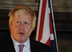 """Green Pass, la Gran Bretagna rinuncia a introdurlo: """"Misura coercitiva e discriminatoria"""""""