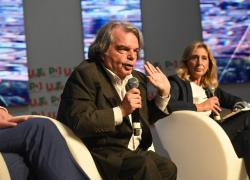 """Green pass obbligatorio, Brunetta si contraddice: """"I dubbi su vaccini sono sacrosanti"""""""