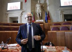 """Elezioni Roma, Gualtieri esclude dalla corsa Raggi e Calenda: """"Al ballottaggio con Michetti"""""""
