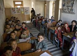 Afghanistan,  scuole riaperte dai talebani, ma solo per i maschi