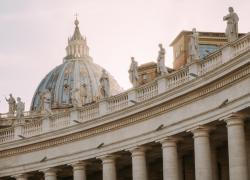 Green pass Italia obbligatorio anche in Vaticano, ma non per la messa