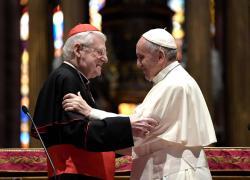 """Papa Francesco sul suo malore: """"C'è chi mi voleva morto e preparava già il Conclave"""""""