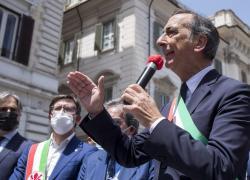 """Elezioni comunali Milano, Beppe Sala: """"Voto per decidere il futuro della città"""""""