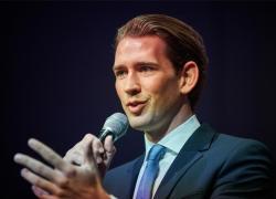 Austria, il cancelliere Kurz e il suo partito indagati per corruzione