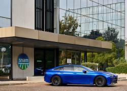 Snam, Toyota e CaetanoBus insieme per accelerare lo sviluppo della mobilità a idrogeno