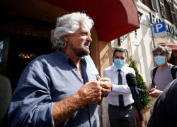 """Reddito di cittadinanza, Grillo: """"Idea rivoluzionaria, svilirlo è un attacco a 4 milioni di persone"""""""