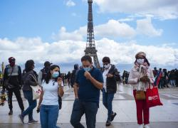 Francia, stato d'emergenza prorogato: durerà fino al 31 luglio 2022
