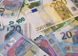 """Rincaro bollette, nuove misure in arrivo. Draghi: """"Tutelare i più deboli"""""""
