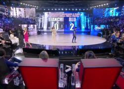 """Michele Merlo, Amici e la sorpresa a Emma con """"Trattengo il fiato"""": il video"""