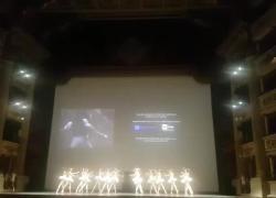 Teatro alla Scala, presentata l'anteprima del film su Carla Fracci: l'emozione degli applausi finali