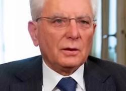 Tik Tok, impazza il  videomontaggio dei politici italiani che cantano Battiato