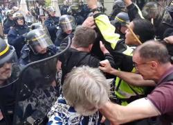 Green pass Francia, esplodono le proteste VIDEO